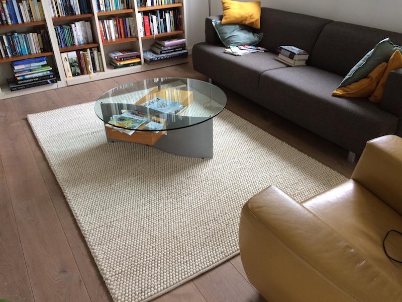 bolletjes tapijt